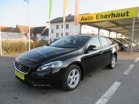 Volvo V40 D2 Kinetic Geartronic *Xenon *Sitzheizung bei HWS || Auto Eberhaut Ges.m.b.h in